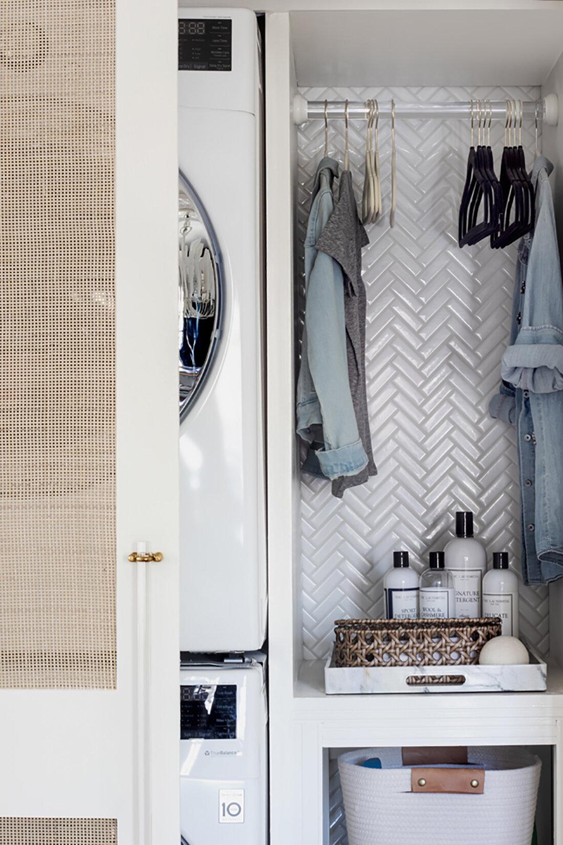 2019-03-27-Laundry-Closet-Door-Open-Shelf-Crop.jpg
