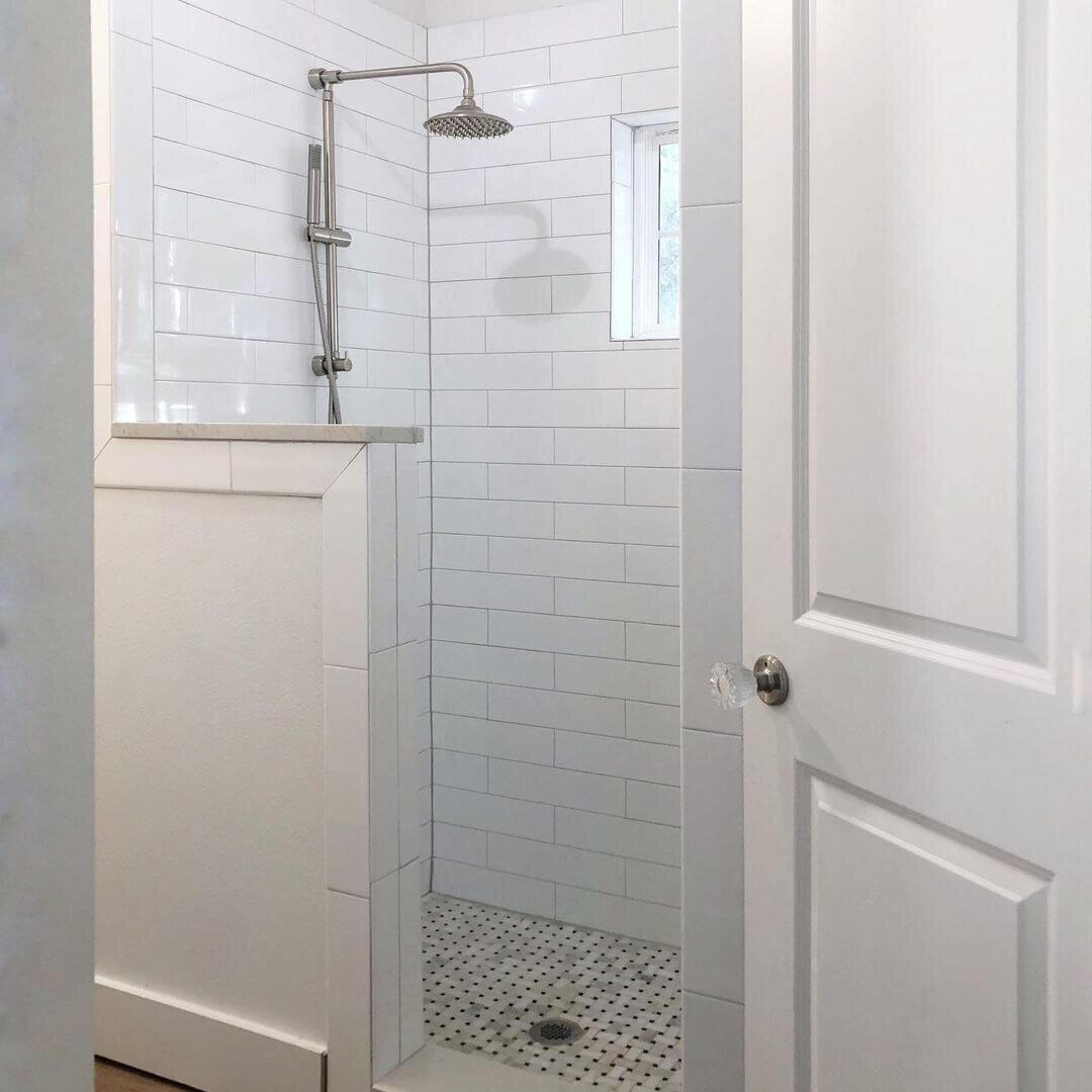 现代农家主淋浴器.jpg