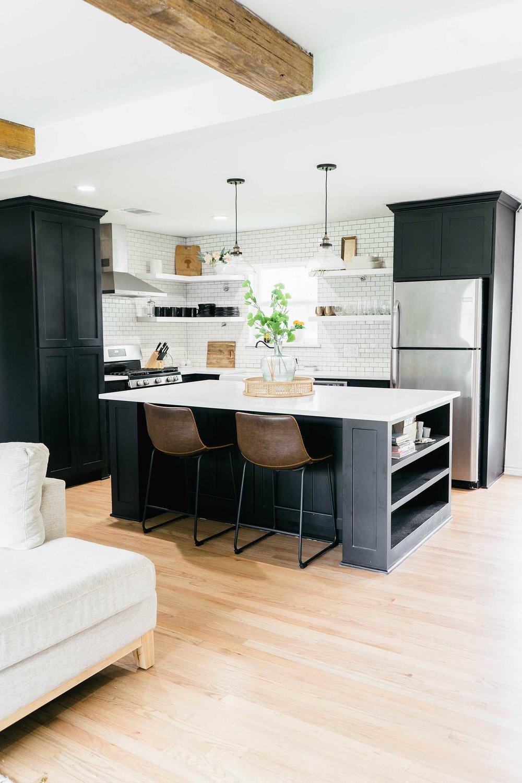 黑白厨房.jpg
