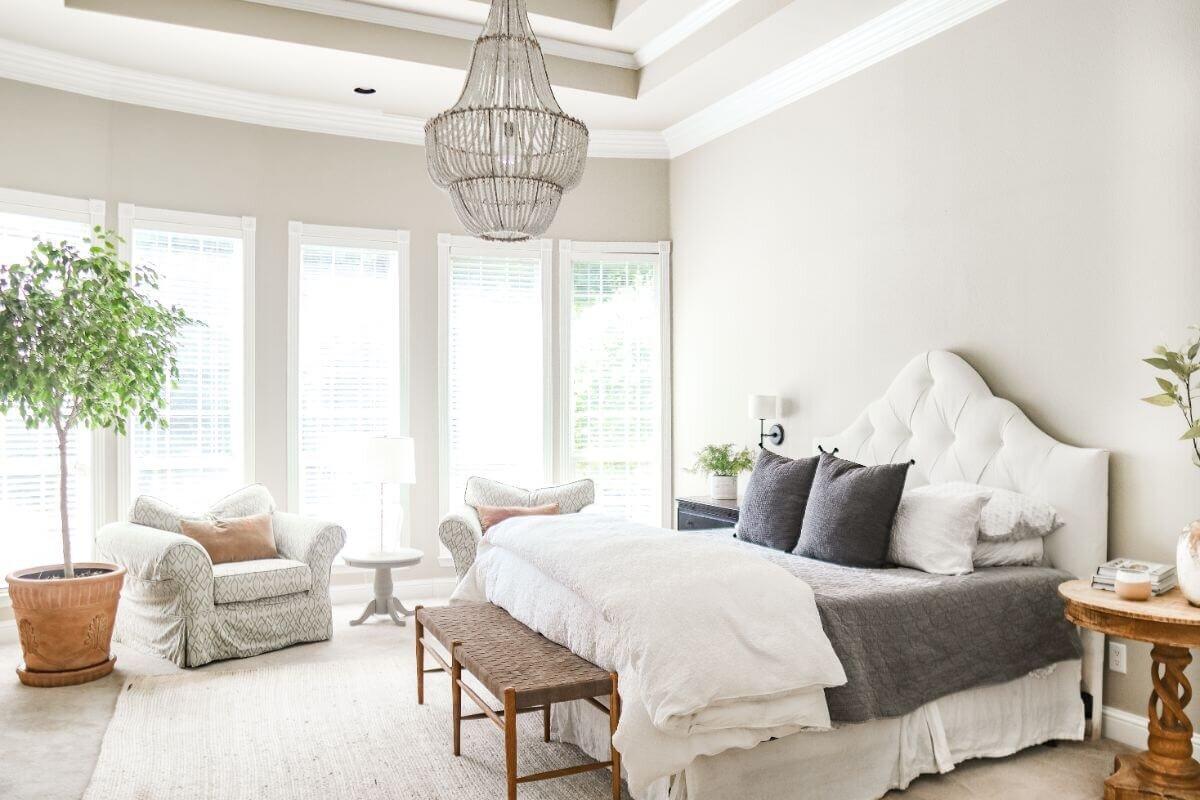 正在进行中的家 - 如何在装饰 - 随着时间的推移重新装修家的时 - 主卧室设计5.jpg