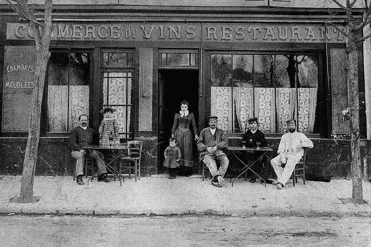 Auberge Ravoux c. 1890. (©  Van Gogh Museum ).