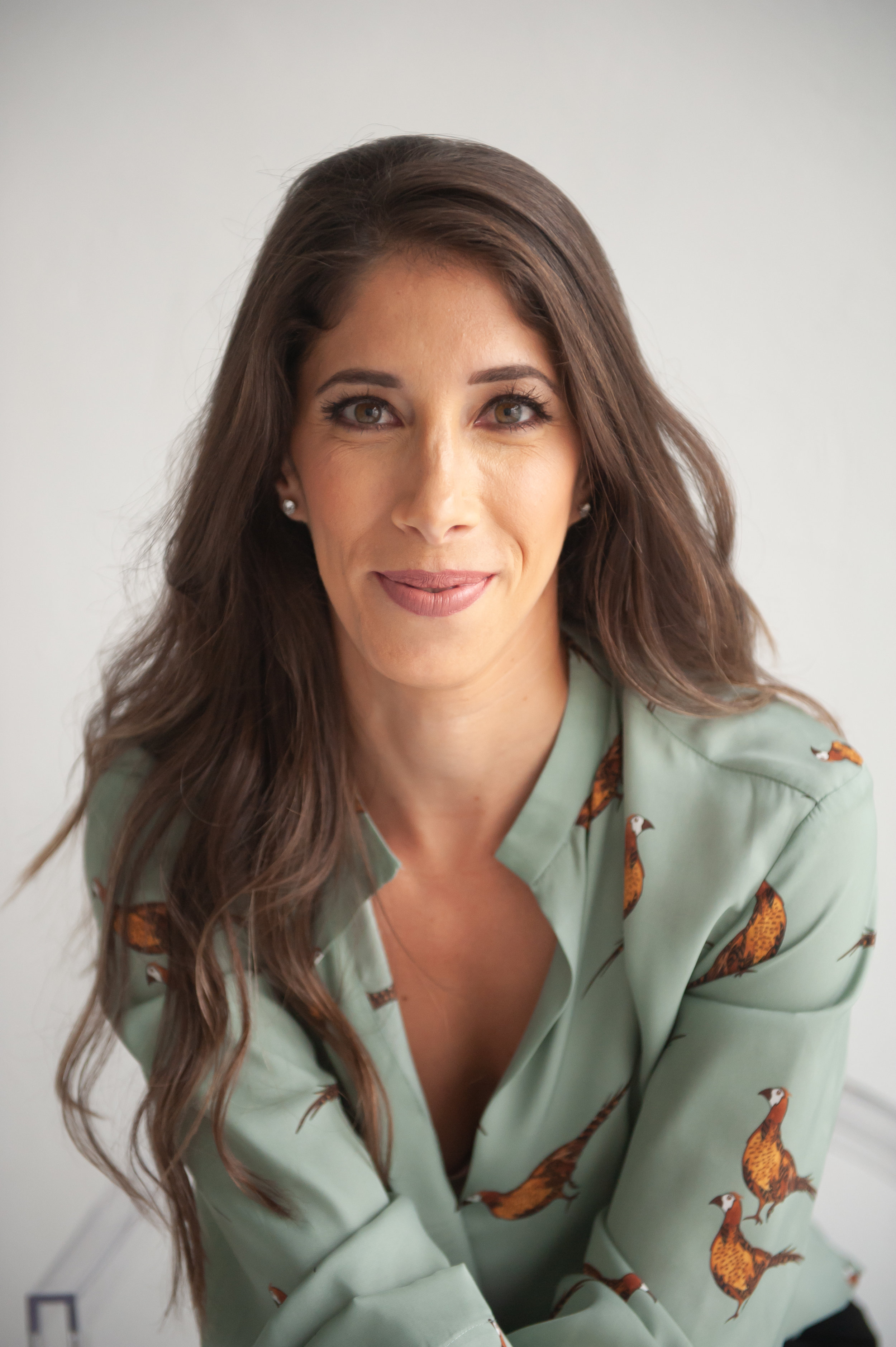 about SHIRA - I was born in Israel and raised in Dallas, Texas. South Florida has been my home for the past 10 years. I am a wife and a mother to two adorable children 5 and 2. Being a mom and a pediatric speech language pathologist, I learned the importance of being organized. I am very passionate about organization because I believe that it increases productivity and reduces stress. After being a speech-language pathologist for a decade, I decided to embark on a new adventure and turn one of my passions into a business and opened Organize Dwell, a professional organizing business with my sister-in- law.instagram: @organize_dwell