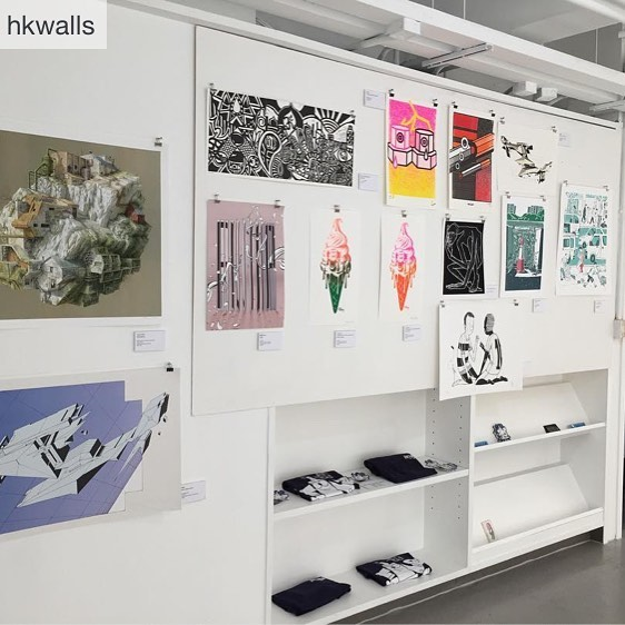 24 Mar -1 April, check out hkwalls festival hub in Hollywood road and bring our pieces home lol #artprint #homedecor  Repost from @hkwalls @TopRankRepost #TopRankRepost Don't forget to pop by the hub to pick up some limited edition prints from this year's artists !  想將今年咁靚嘅作品帶返屋企?黎大本營睇下啦!荷里活道49號鴻豐商業中心,喺GOD大壁畫嘅斜對面!  @vanshkg @eicopaint @hilltophollywood @ovolohotels @montana_colors @youngmasterales @eggshellstickers . #vanshkg #offthewall #vans #hilltoponhollywood #Silkroadpropertypartners #ovolohotels #mojonomadhk #montanacolors #youngmasterales #eggshellstickers #hkwalls #hkwalls2018 #hkstreetart