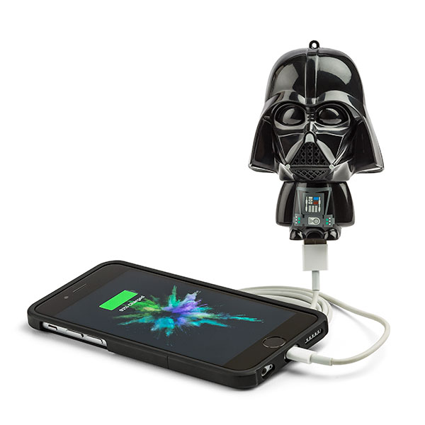 Star Wars Mighty Minis Darth Vader - Power your phone with the Force.