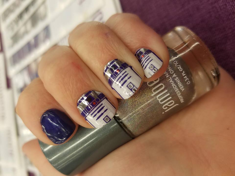 R2D2 for you - Jamberry's vinyl nail wraps are easy to apply with heat and last for up to two weeks. While they've retired their Star Wars Volume 1 wraps (including the R2D2 wrap), Volumes 2 and 3 are available and include artwork from BB-8 to Han Solo.
