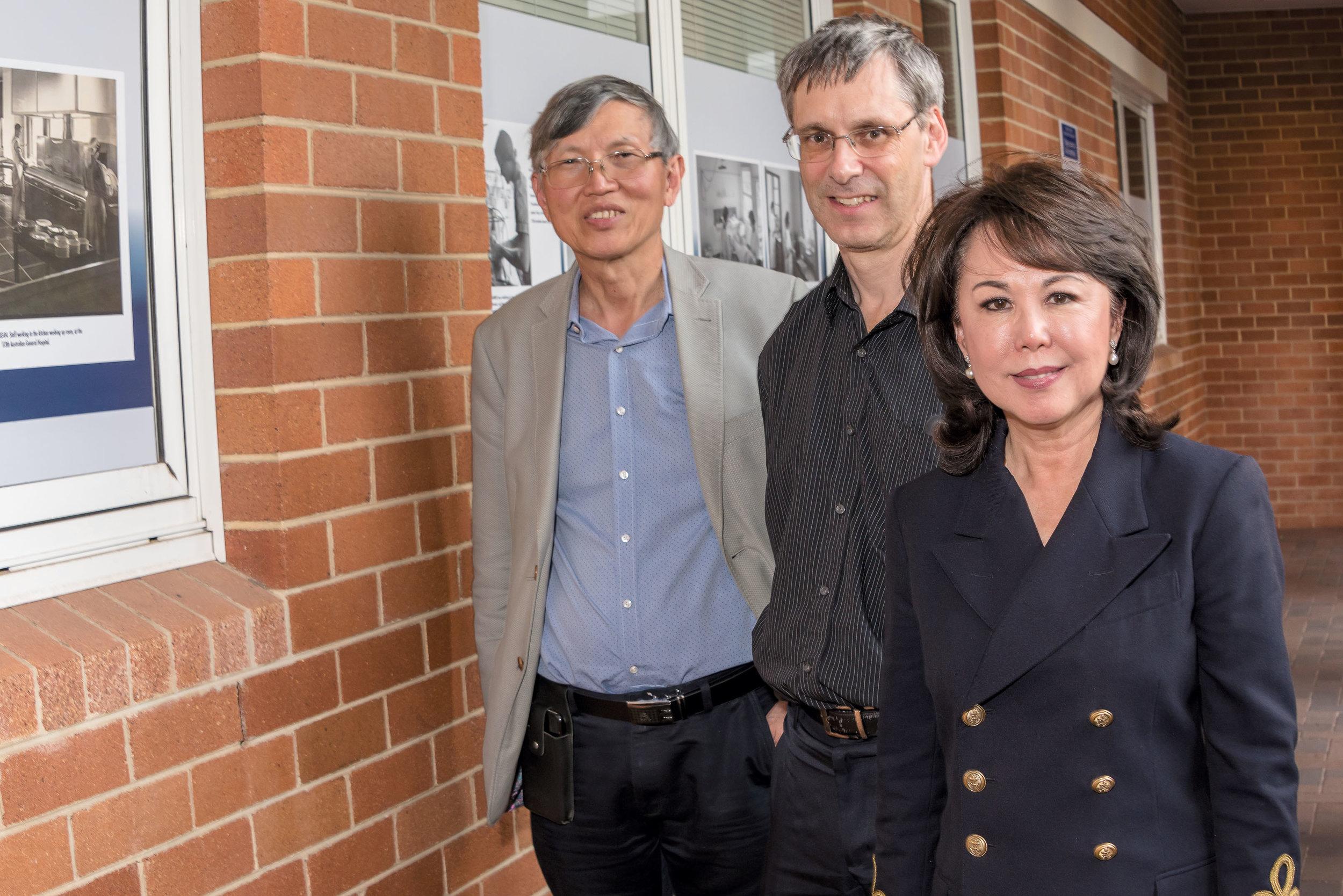 L to R, Dr Meng Ngu, Dr Lloyd Ridley, Ms Alice Kang.jpg