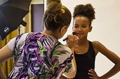 Would you send your daughter to modeling camp?  Forget everything Tyra Banks has told you. This summer class is a lot like an old-fashioned charm school.