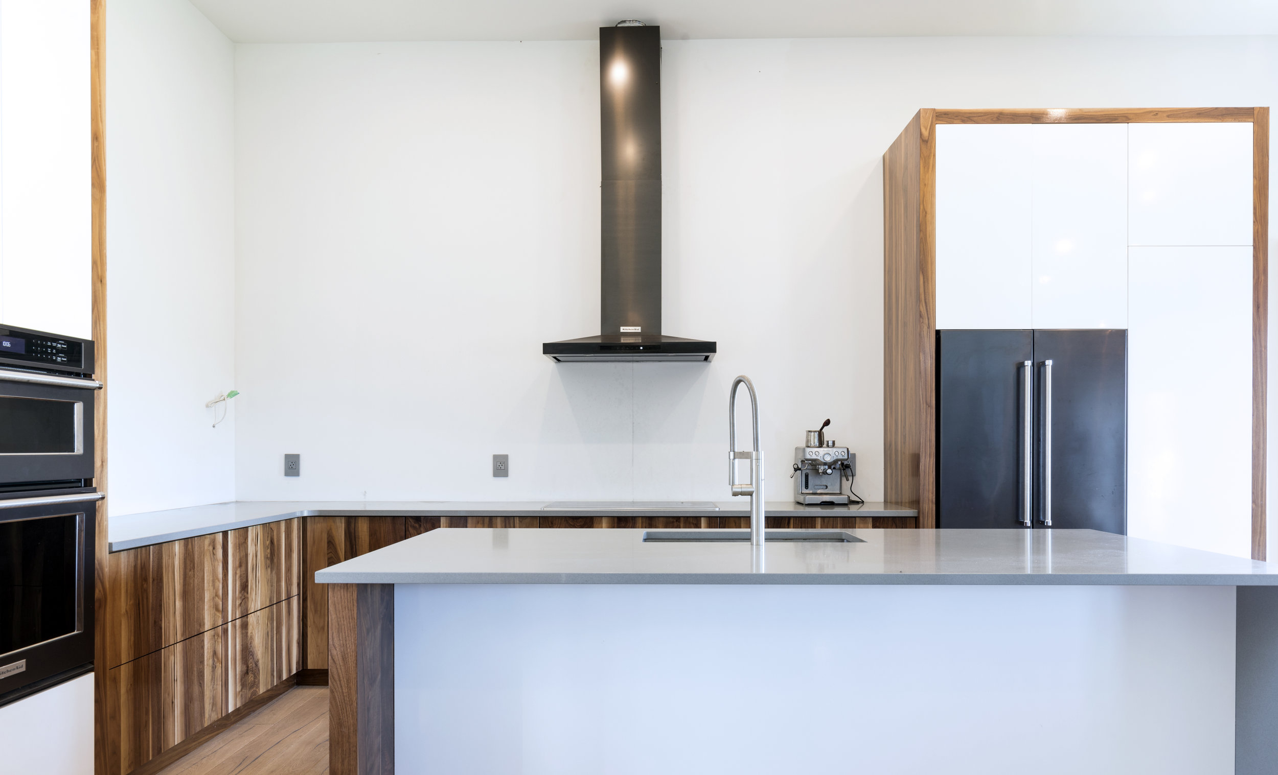Alex kitchen 3.jpg
