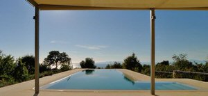 ayurvedic-cleansing-pool.jpg