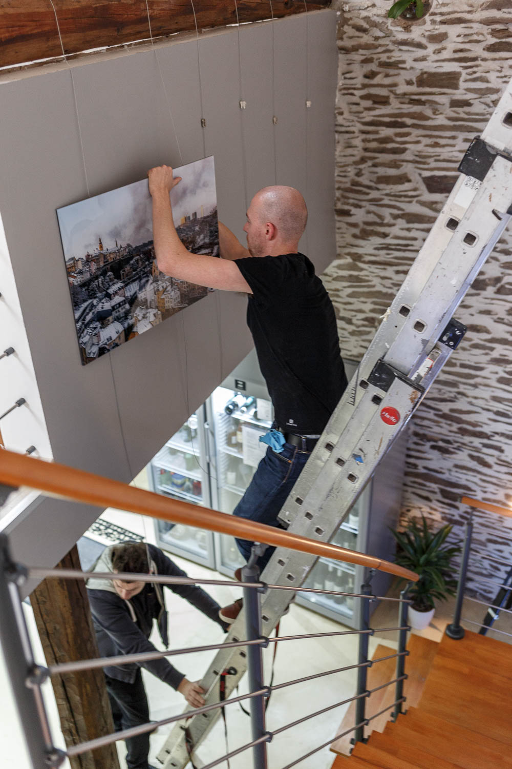 Setting up the photography exhibition at the Yves Radelet in Drauffelt in the North of Luxembourg