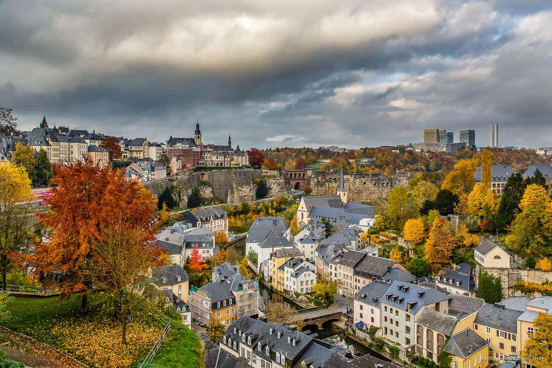 Autumn in Luxembourg - Autumn in Luxembourg City's Grund neighbourhood - Autumn Valley