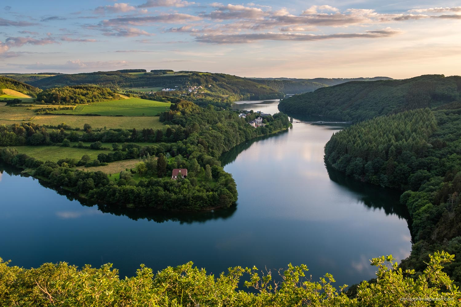 Top 25 photos made in Luxembourg - Upper-Sûre Lake