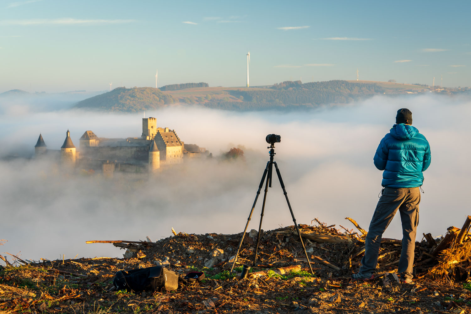 Bourscheid Castle in the fog - Chateau de Bourscheid - Luxembourg - 1-to-1 Photography Workshop in Luxembourg with Christophe Van Biesen - Photo by Alfonso Salgueiro Lora