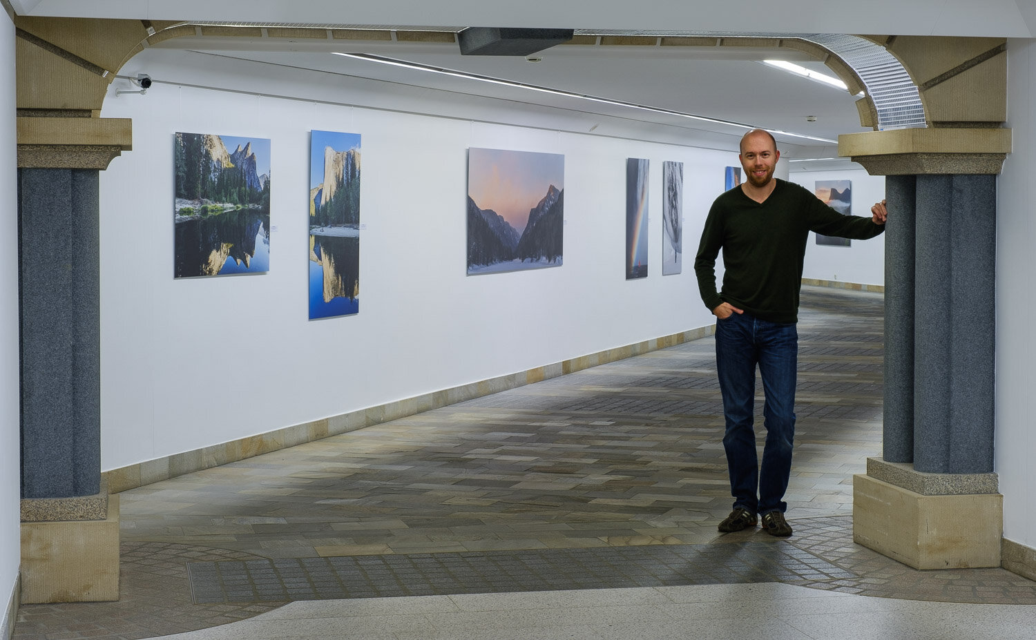 Landscape photography exhibition at the Contemporary Art Gallery Am Tunnel in Luxembourg City - Home and Away - Landscapes by Christophe Van Biesen - The artist in the gallery