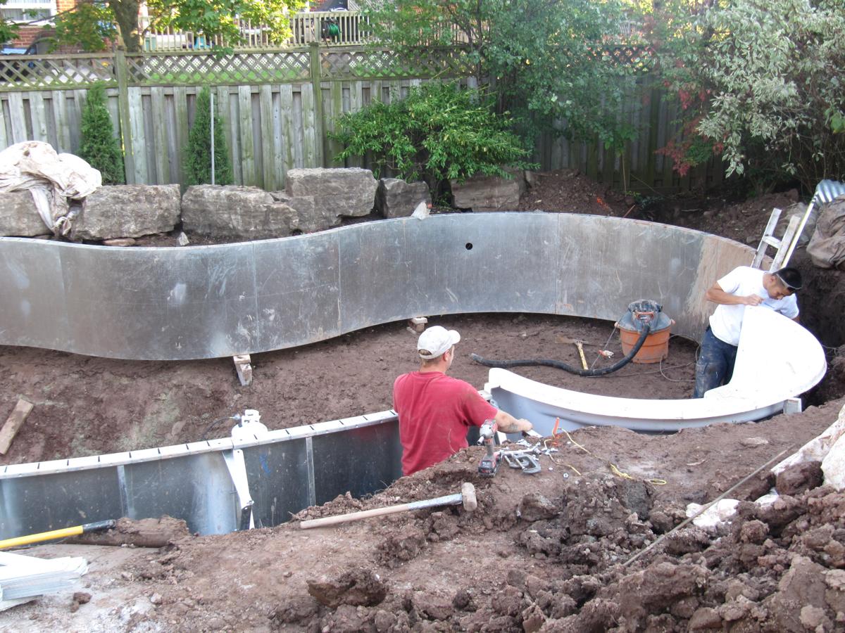 Vinyl Pool Construction