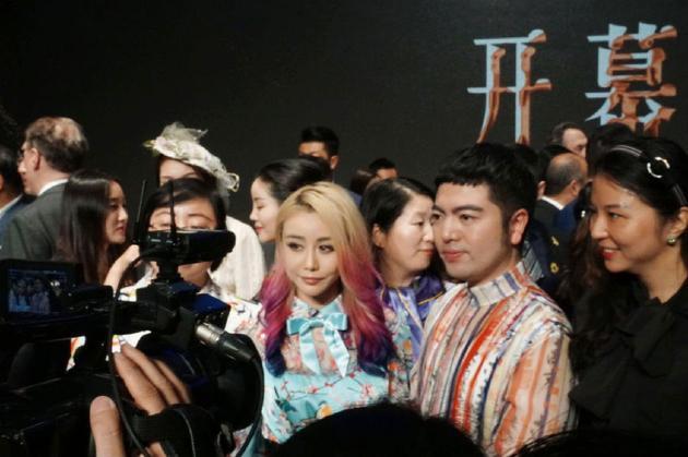 Qigang-guangzhou-fashion-week-wengie-2.jpg