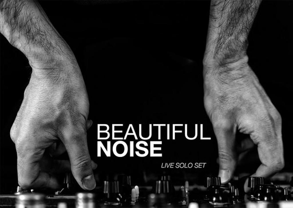 Vincenzo_Lamagna_aka_Beautiful_Noise_Live_Solo_Set_Photo_Danilo_Moroni.jpg