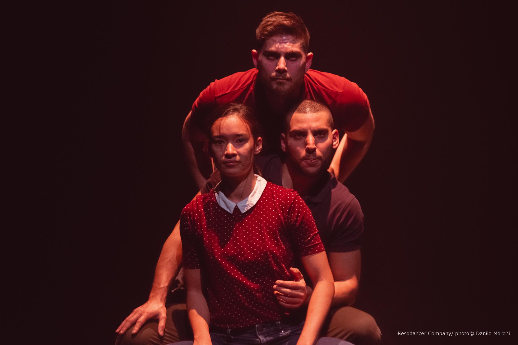 Image of Resodancer performing at Teatros del Canal dance photography, fotografia de escena, fotografo de danza, dance photographer, stage photography