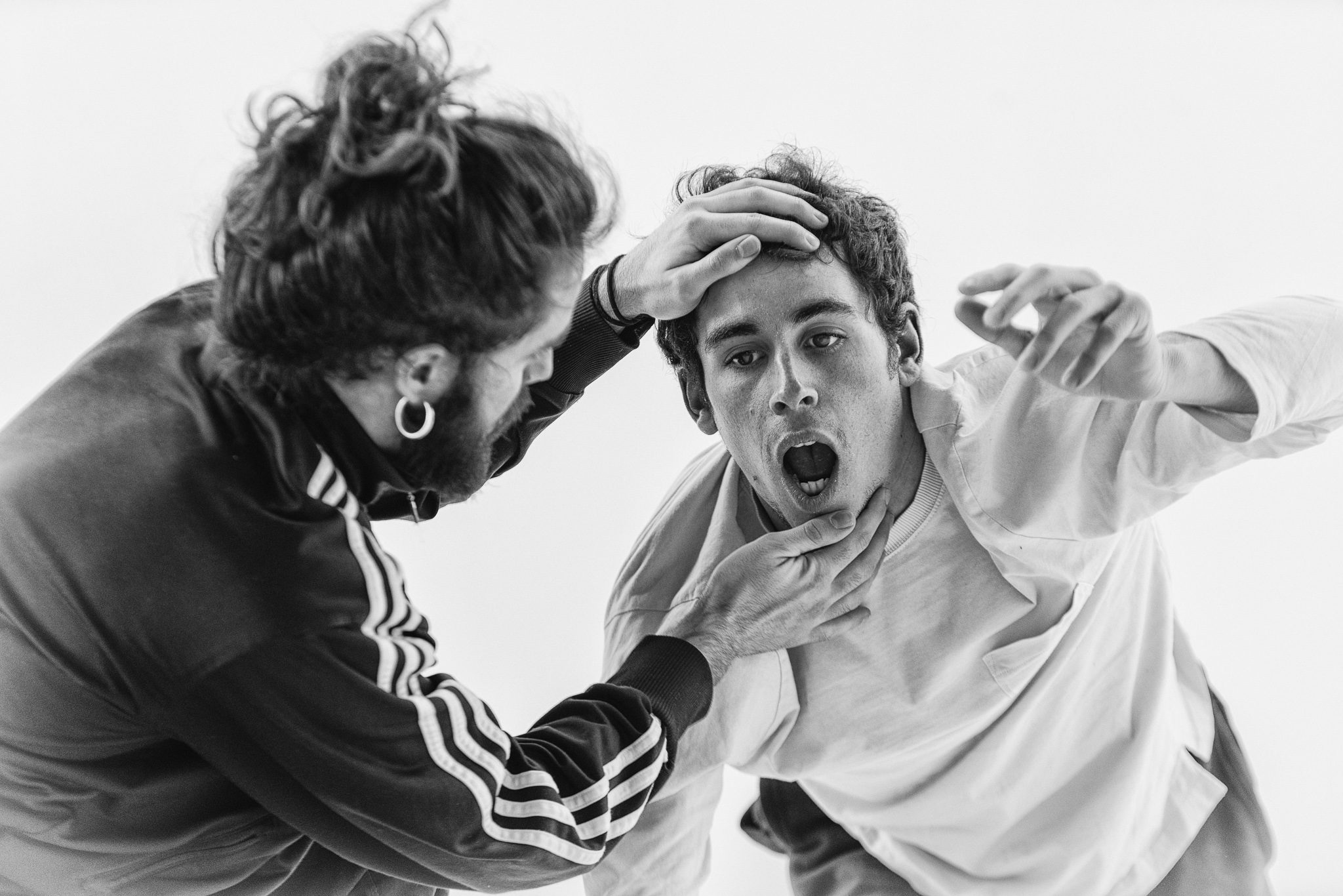 Image of rehearsal of James Finnemore Foxing dance photography, fotografía de ensayo, fotografo de danza, dance photographer, rehearsal photography