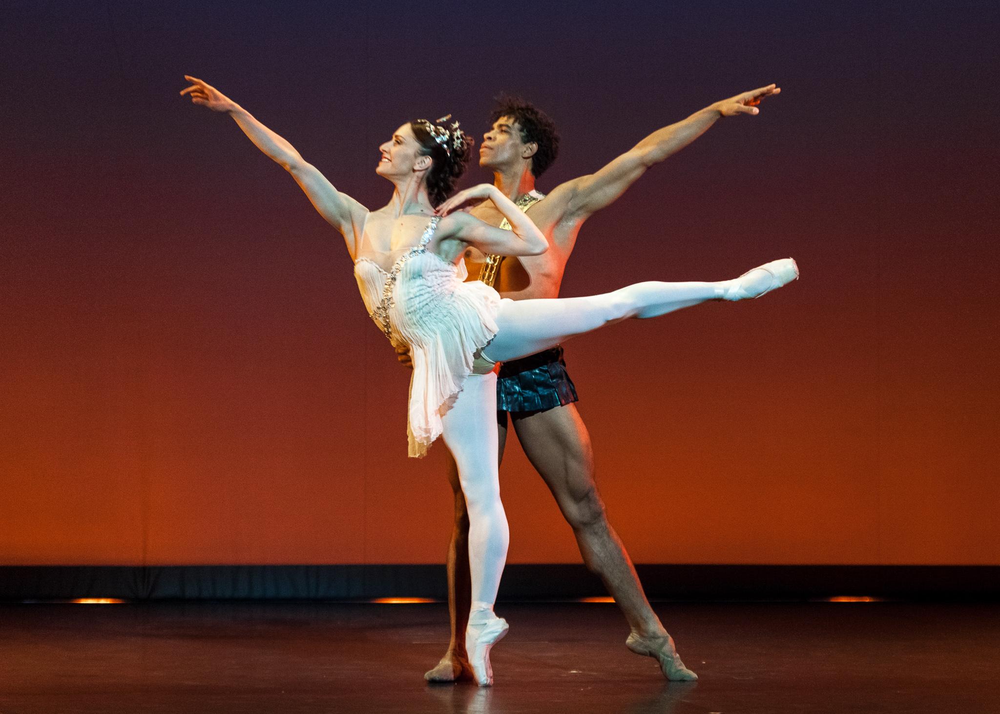image of Carlos Acosta & Marianela Nuñez dance photography, fotografia de escena, fotografo de danza, dance photographer, stage photography, ballet photography