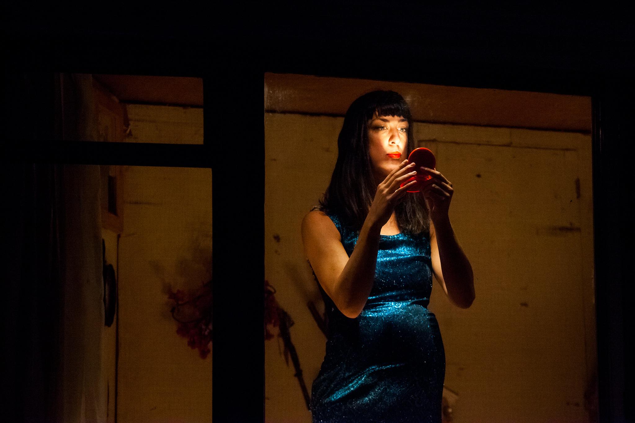 image of Peepingtom - 32 rue vandenbranden dance photography, fotografia de escena, fotografo de danza, dance photographer, stage photography
