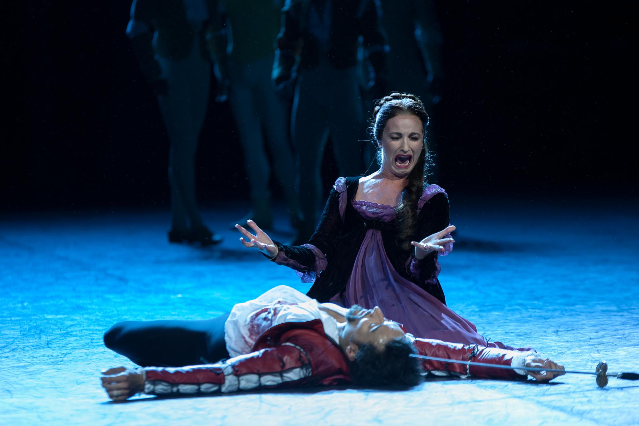 image of English National Ballet Romeo & Juliet dance photography, fotografia de escena, fotografo de danza, dance photographer, stage photography