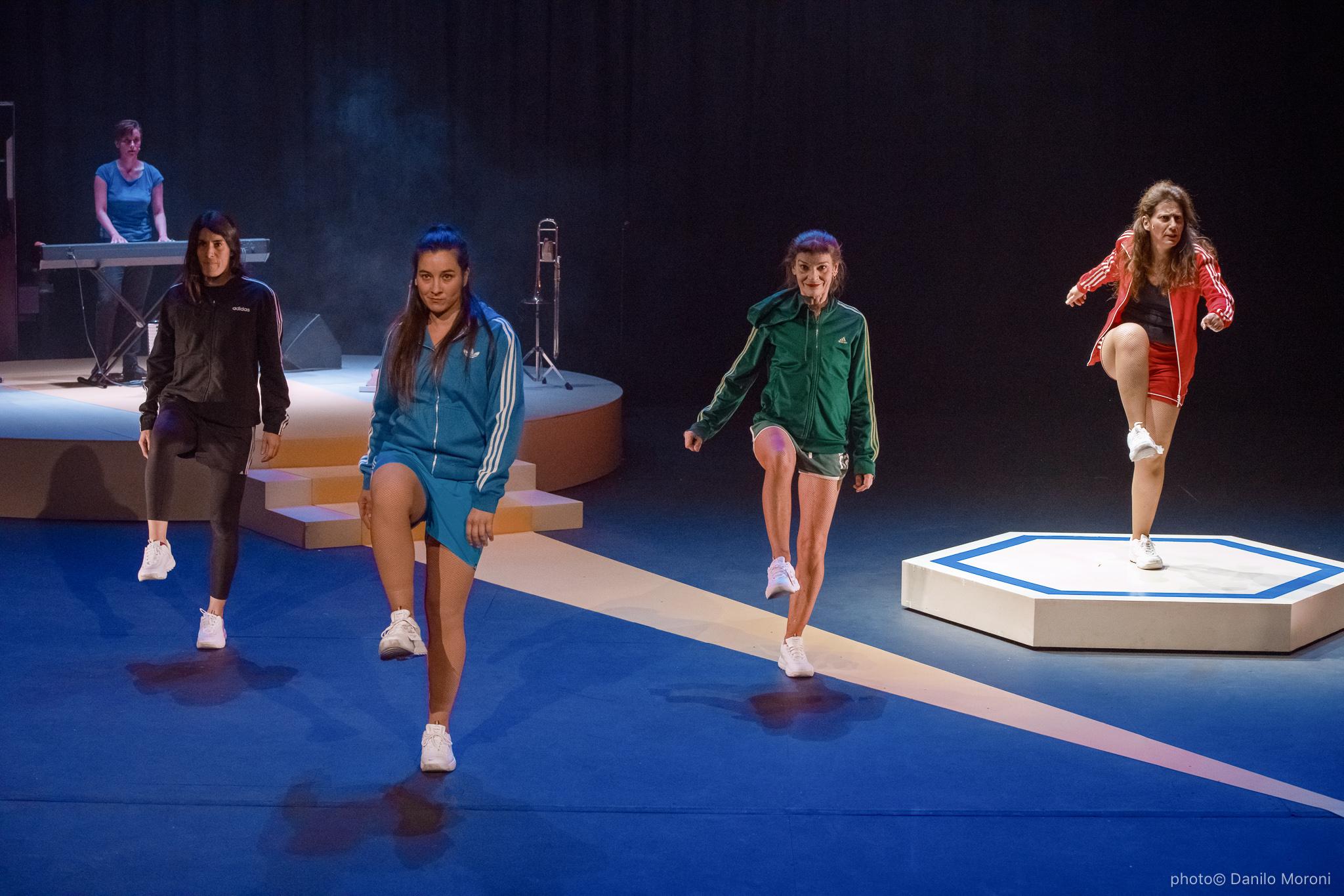 Teatro-en-vilo-Circo-Price-Miss-Mara-photo-Danilo-Moroni-219.jpg
