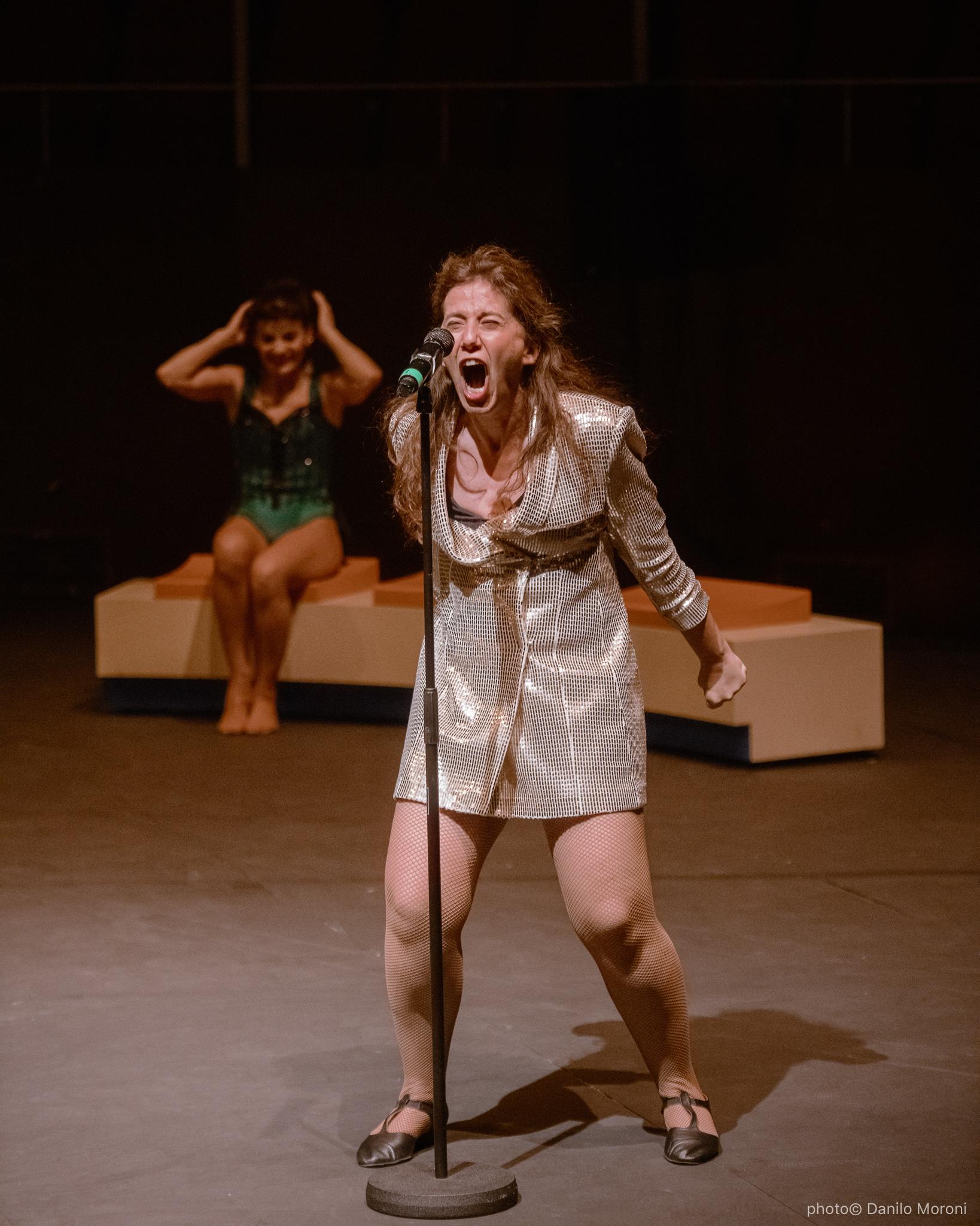 Teatro-en-vilo-Circo-Price-Miss-Mara-photo-Danilo-Moroni-199.jpg