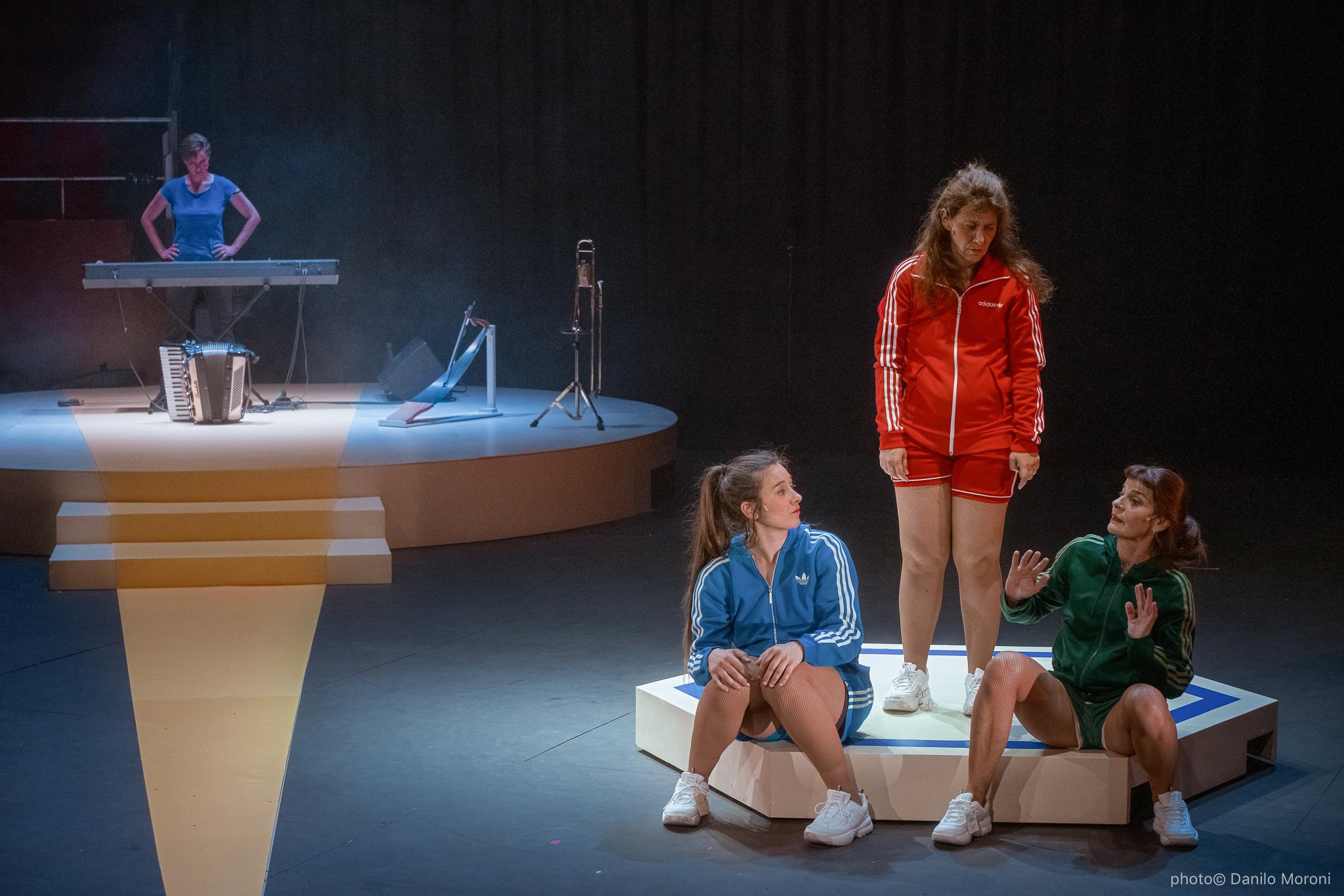 Teatro-en-vilo-Circo-Price-Miss-Mara-photo-Danilo-Moroni-245.jpg