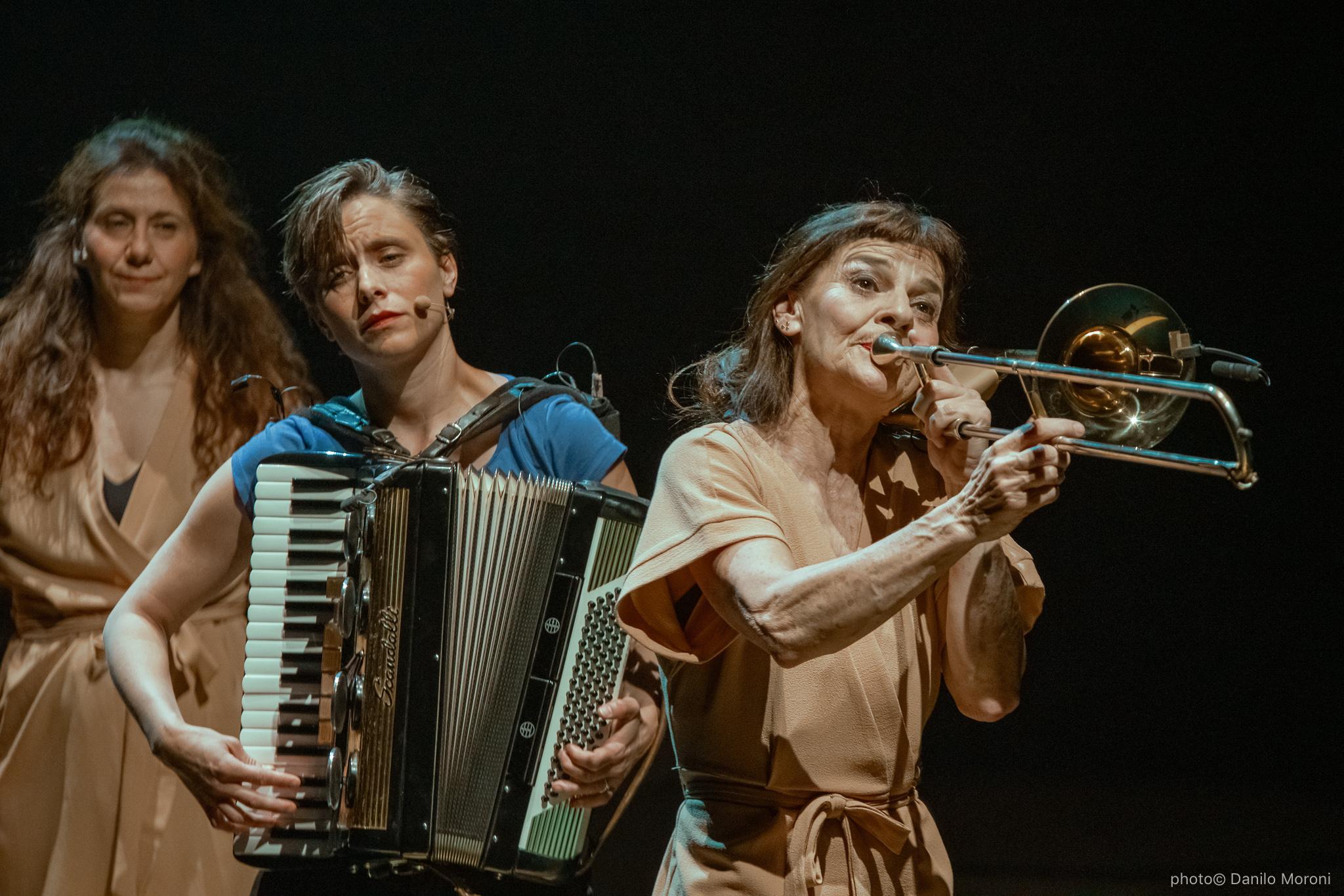 Teatro-en-vilo-Circo-Price-Miss-Mara-photo-Danilo-Moroni-323.jpg