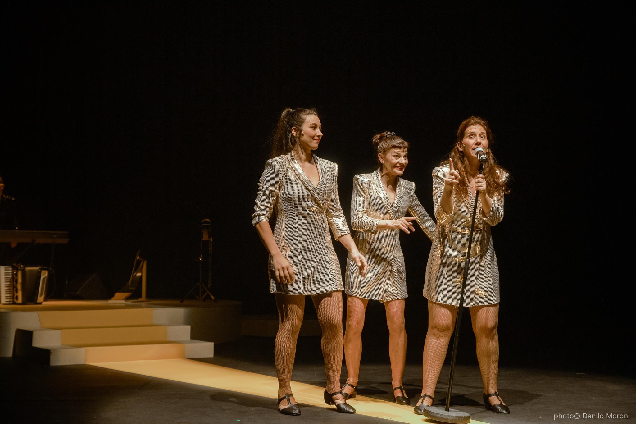 Teatro-en-vilo-Circo-Price-Miss-Mara-photo-Danilo-Moroni-524.jpg