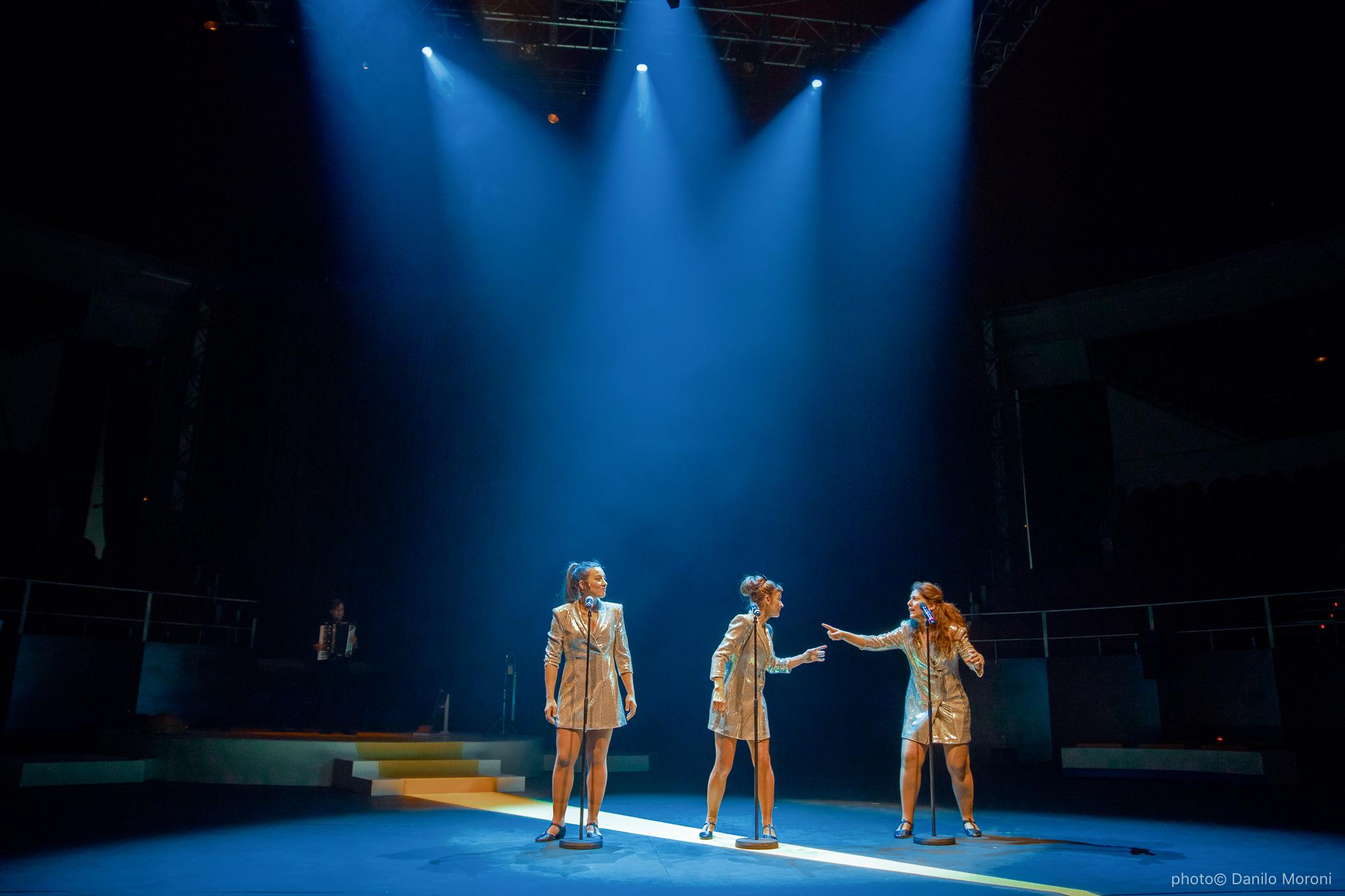 Teatro-en-vilo-Circo-Price-Miss-Mara-photo-Danilo-Moroni-528.jpg