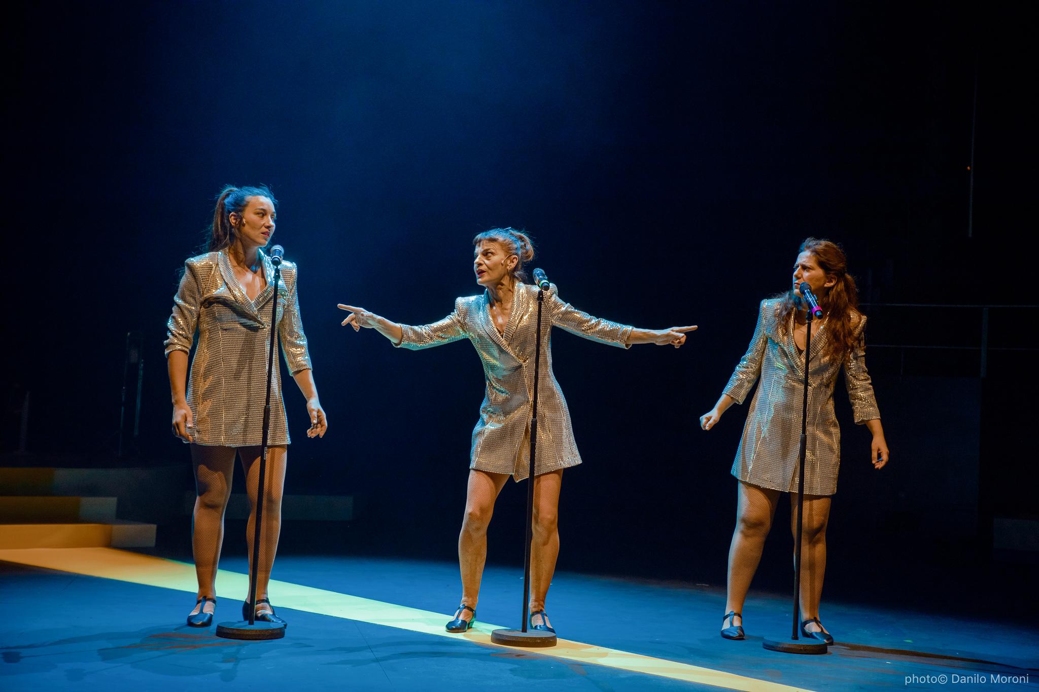 Teatro-en-vilo-Circo-Price-Miss-Mara-photo-Danilo-Moroni-532.jpg