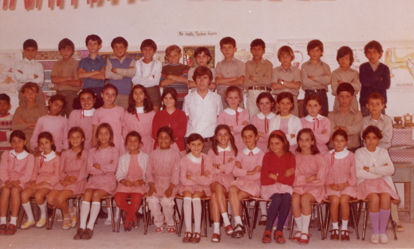 Yüksel Ferit with his class in Cyprus, 1974