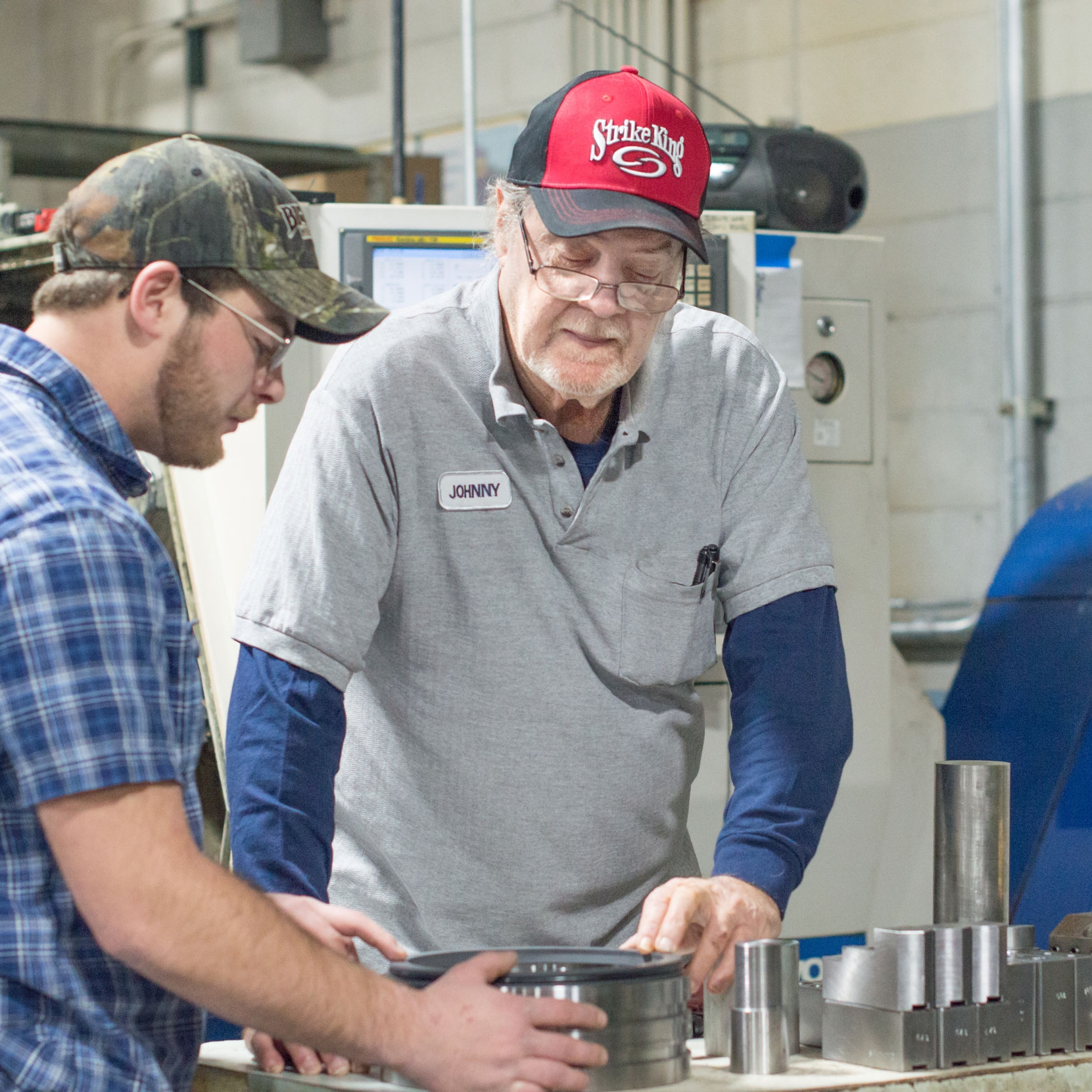 Johnny Copeland   Production Lead - 39 years of Machining experience.Johnny began his career with Cincinnati Milicron as a machinist.Johnny progressed to leadership roles at Cincinnati Milicron and later moved to leadership roles at Burnstein Von Seelen. Johnny joined 2 years ago bringing engineering and design expertise along with CNC programing and drafting skills to the team.Contact Today864-547-8373johnny.copeland@centerlinees.com
