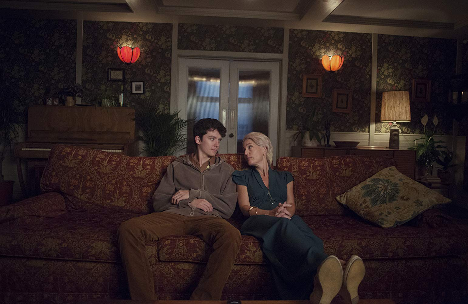 Asa Butterfield as Otis Milburn and Gillian Anderson as Jean Milburn in Sex Education. Courtesy of Netflix.
