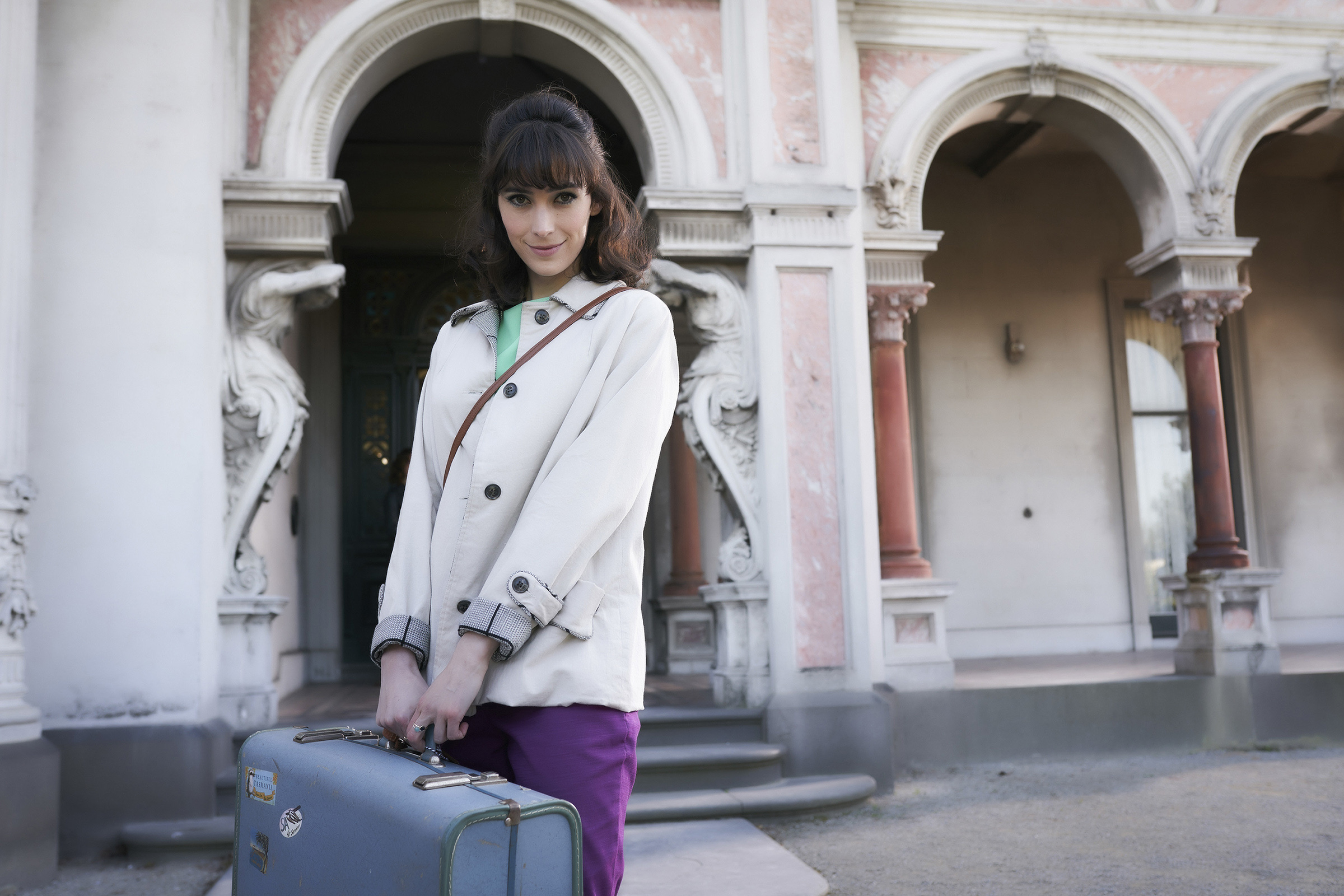Geraldine Hakewill as Peregrine Fisher in  Ms Fisher's Modern Murder Mysteries . ( Courtesy of Acorn TV )