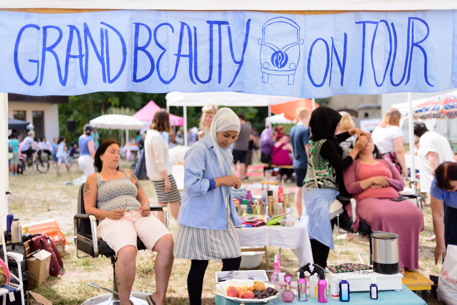 02-grand beauty salon on tour borna  © arneschmitt-9634.jpg