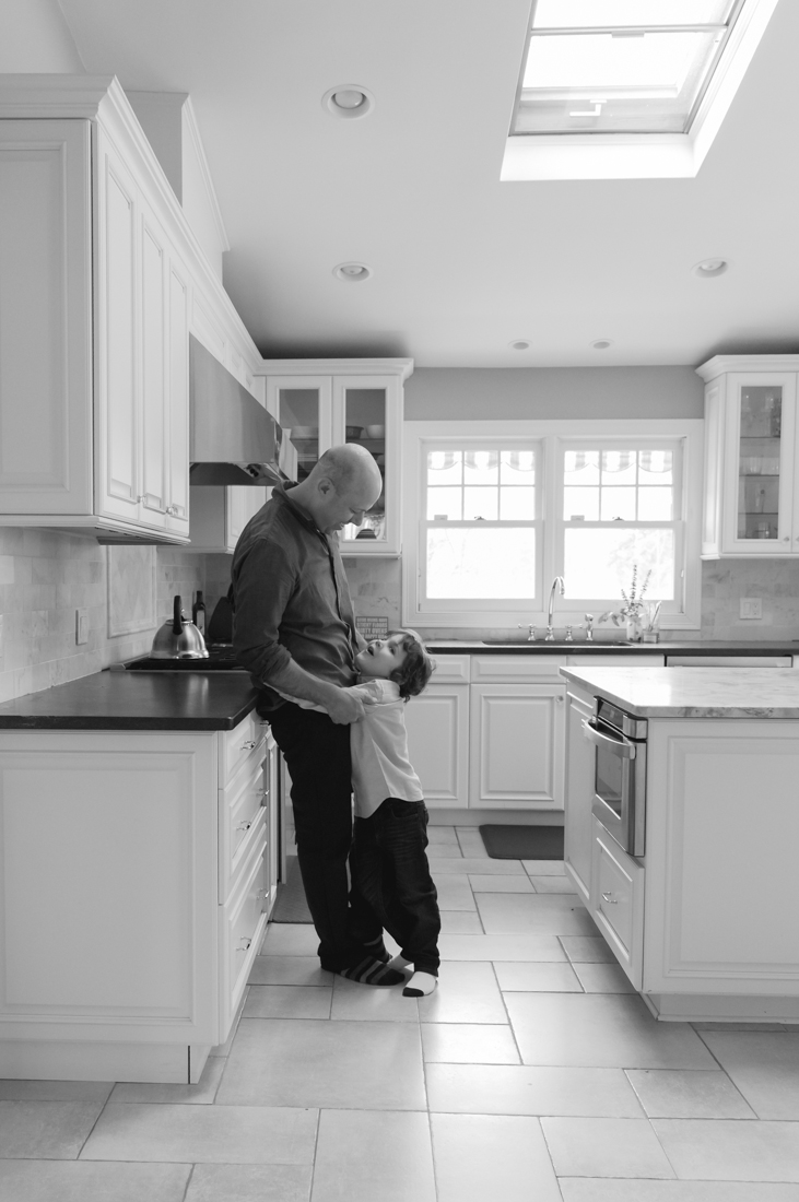 In home family session in the kitchen dad and son New York Family Photographer Helene Stype 0419-5.jpg