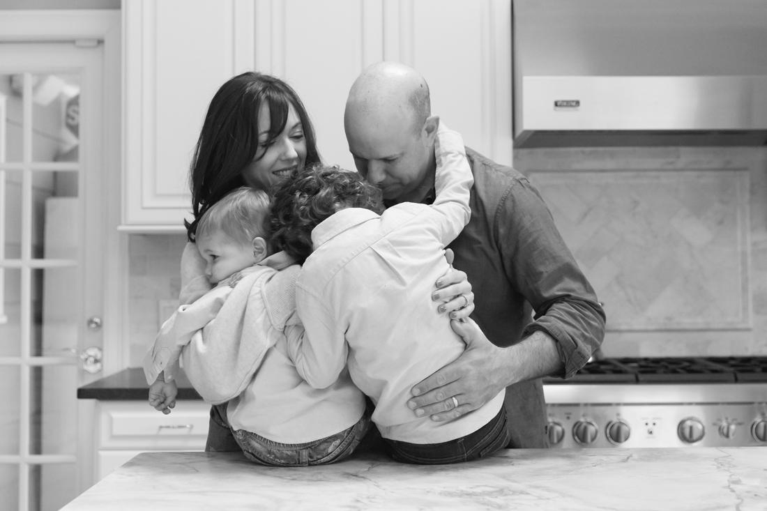 In home family session in the kitchen New York Family Photographer Helene Stype 0419-7.jpg