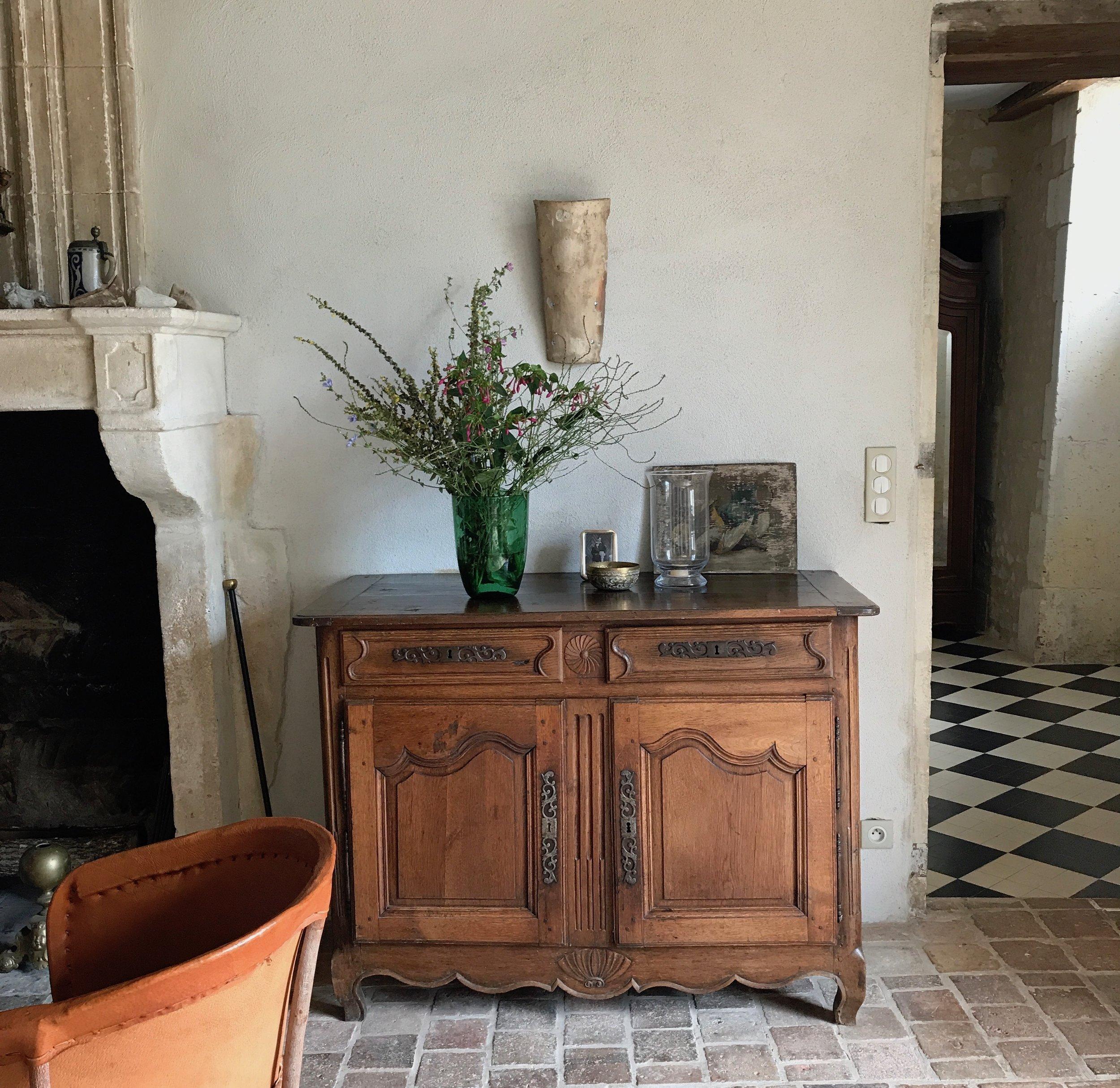Das château - Das Herrenhaus kombiniert stilvoll antik und modern. Entdecken Sie mehr.