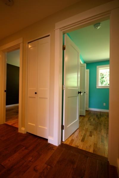 bedroom hall.jpg