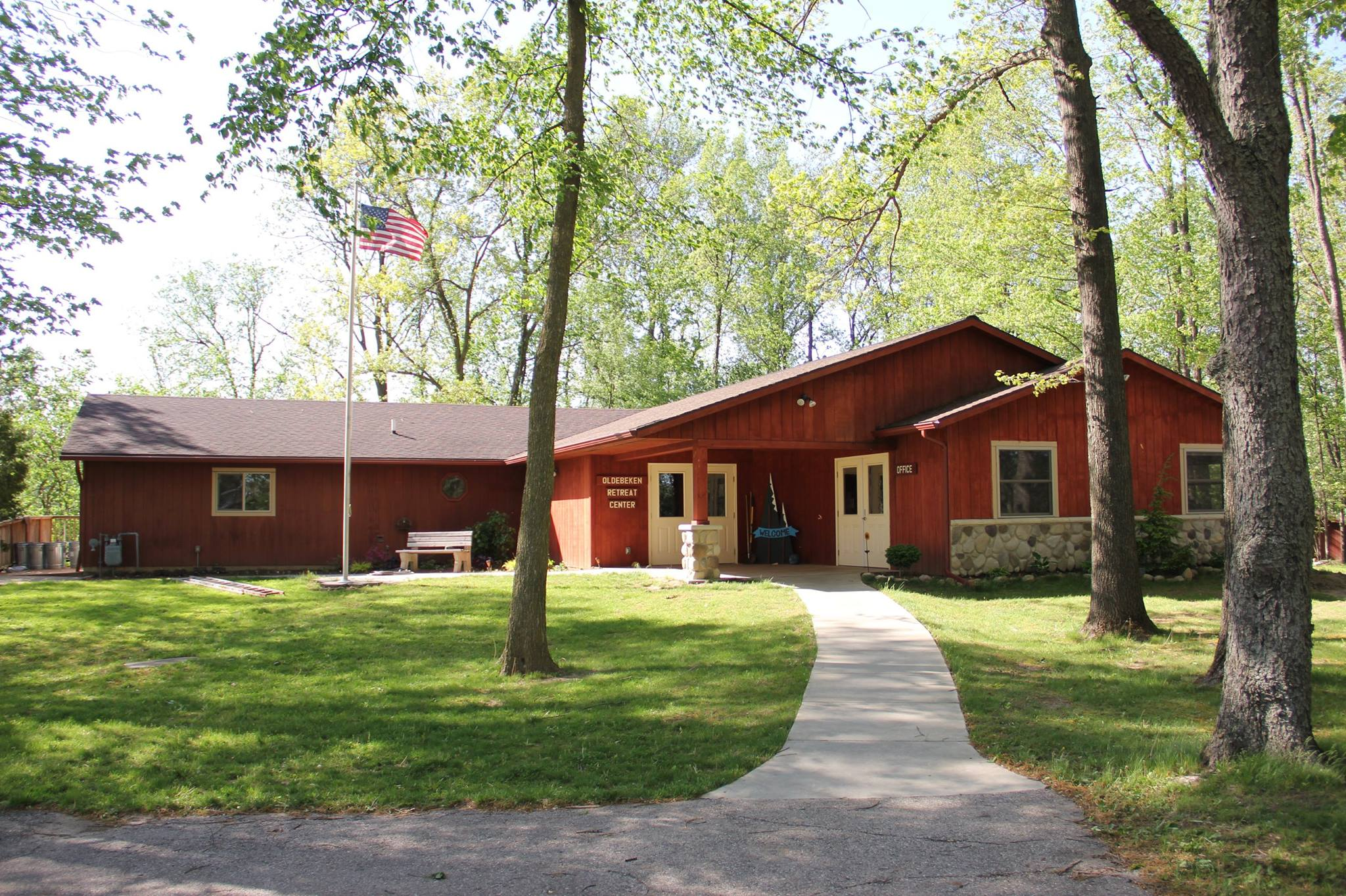 Oldebeken Retreat Center is the hub of all activities at SON-Life, featuring meeting space, back deck, bathrooms & showers, game room, and our camp offices.