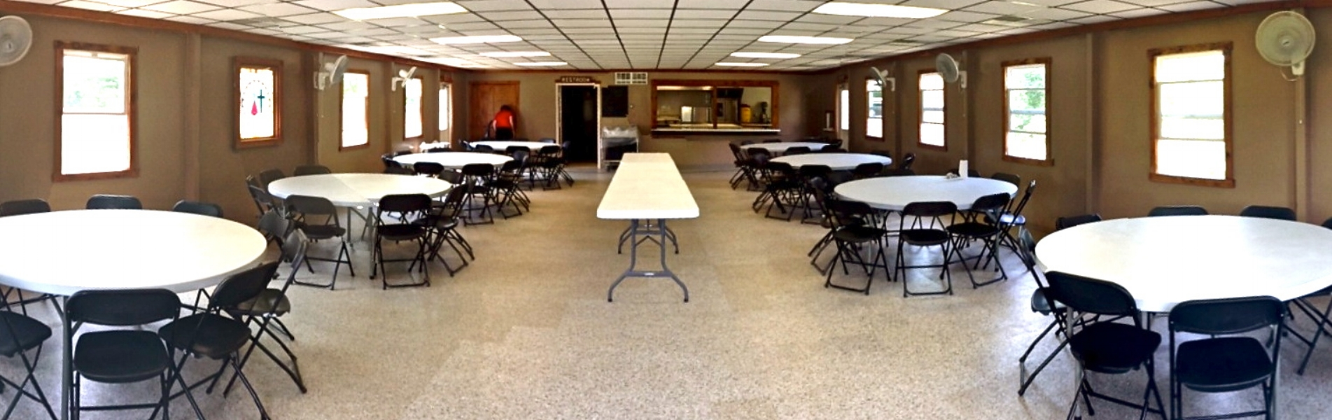 Our Dining Hall can host about 100 people, with up to 10 round tables, and 100 chairs available.