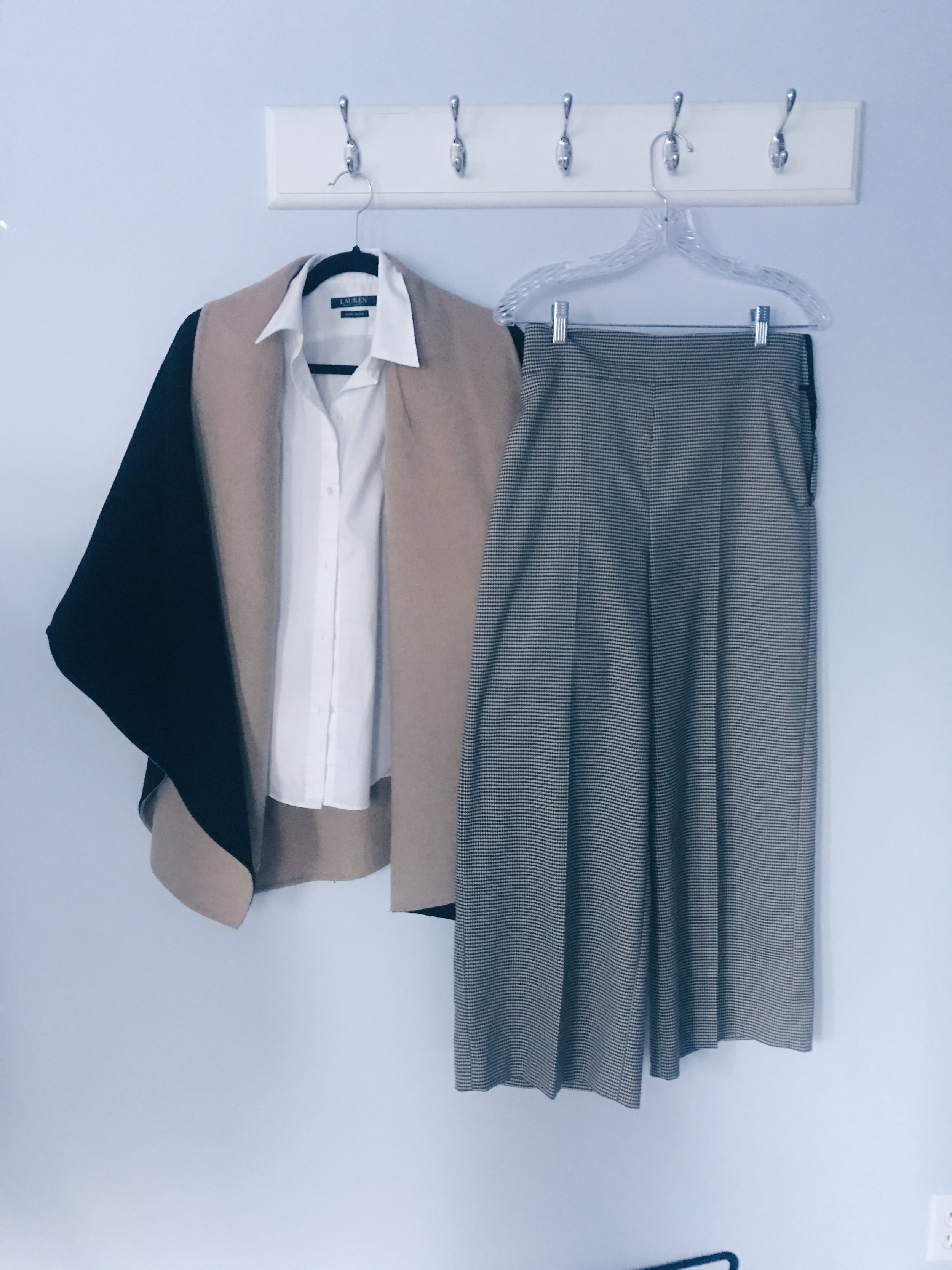 If you want to go for a bold or trendy look, wear the blouse with a pair of flared/wide-leg pants!