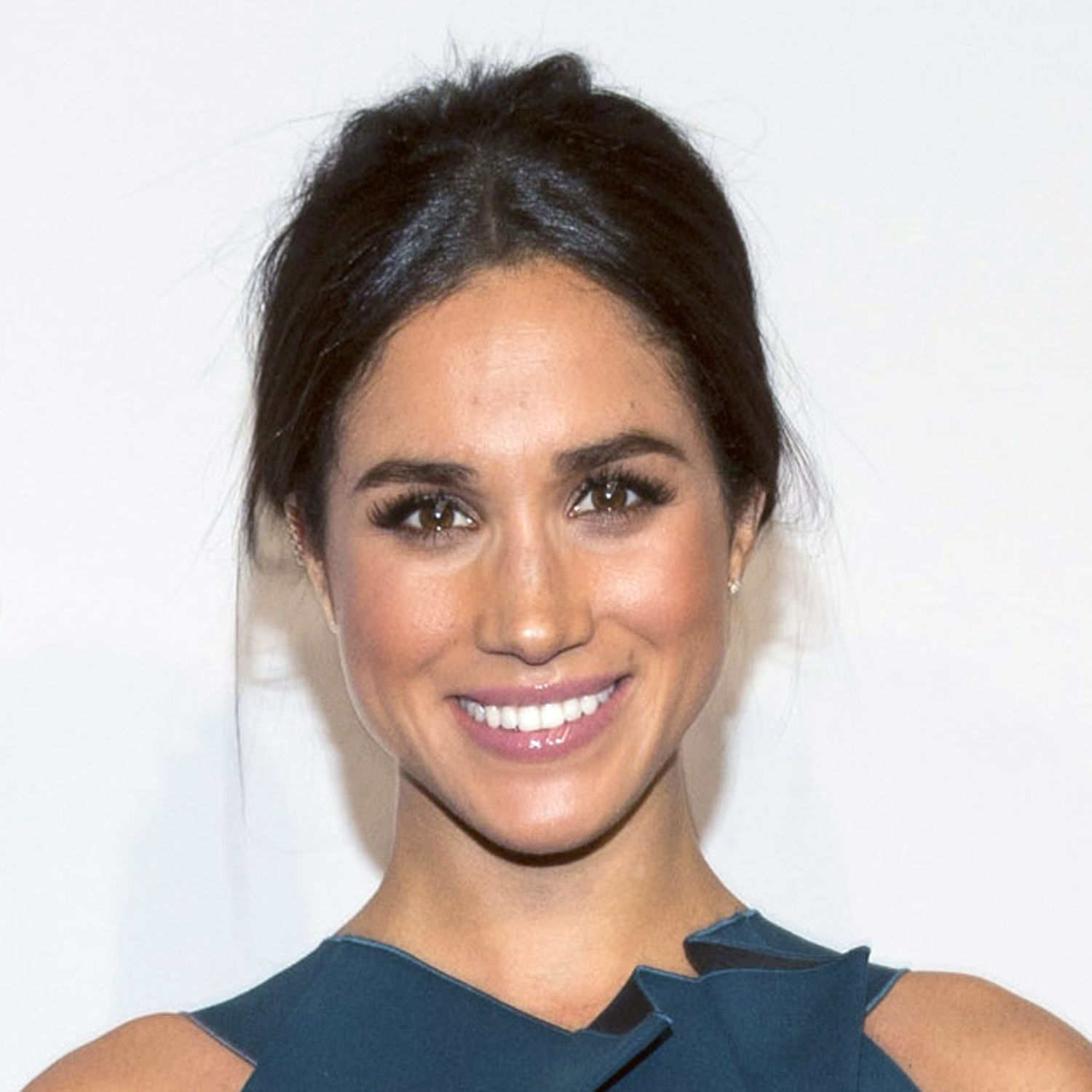 This Is Meghan Markle's Favorite Wine (And Everything You Should Know About It)