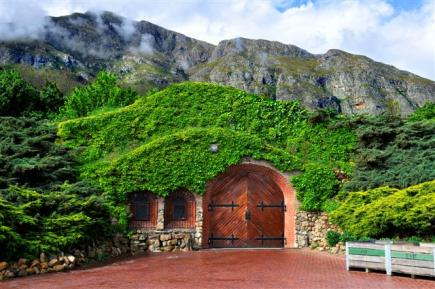 15 incredible places to visit if you love drinking wine