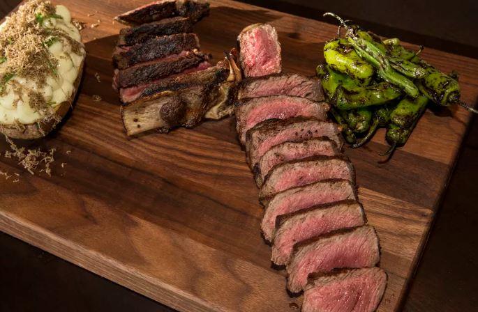 Nine Chicago Steakhouses Rank Among America's Highest-Grossing Independent Restaurants