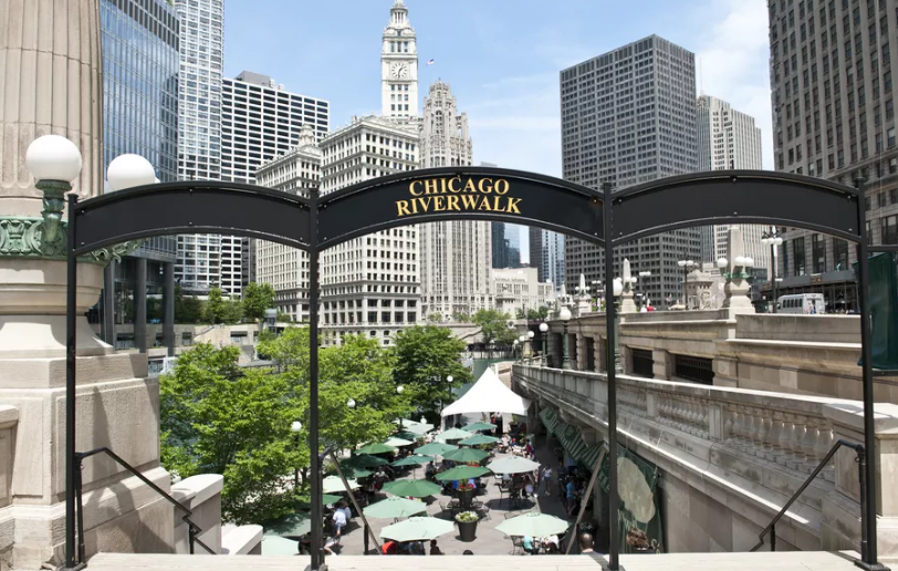 Cabra to Open on Chicago Riverwalk