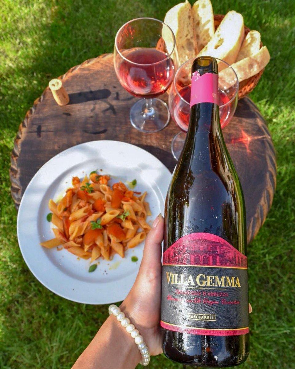 Abruzzo's Versatile, 'Serious' Rosé Is Hiding in Plain Sight